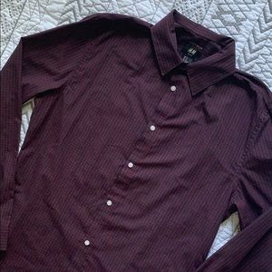 👔 H&M Easy Iron Slim Fit Button Down Shirt M